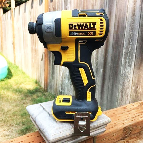 Best Cordless Impact Drivers – Reviews & Guide